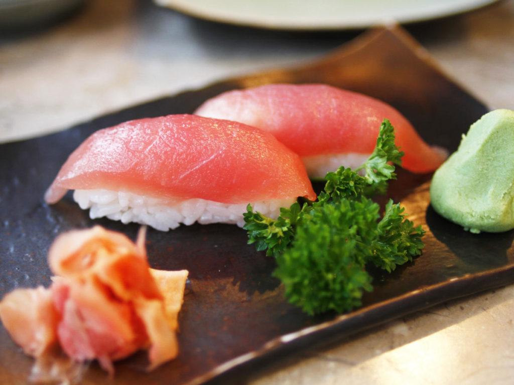 SASHIMI-SUSHI SETS